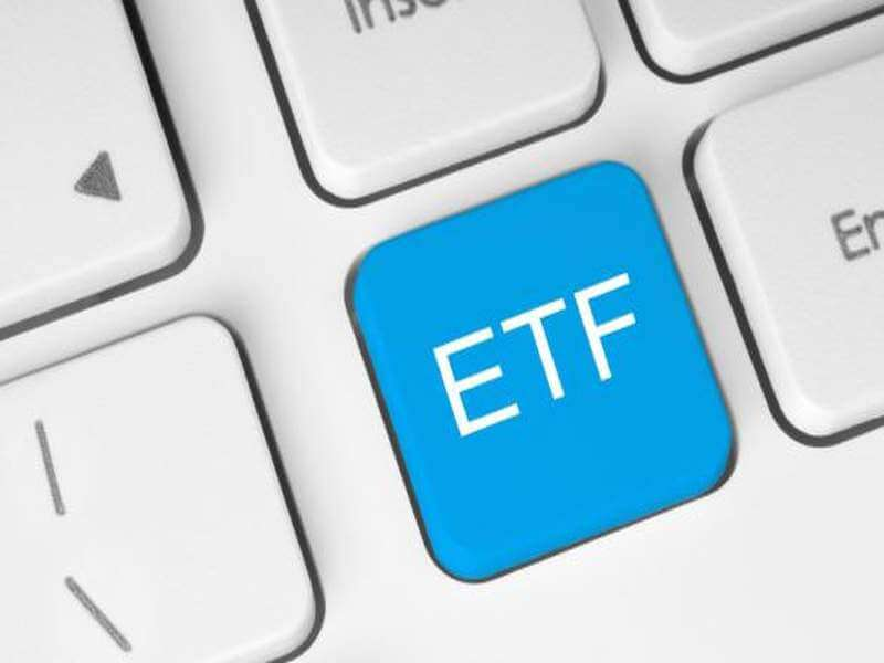 ETF (Exchange Traded Fund)